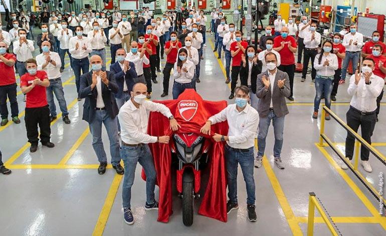 Ducati inicia a produção da nova Multistrada V4
