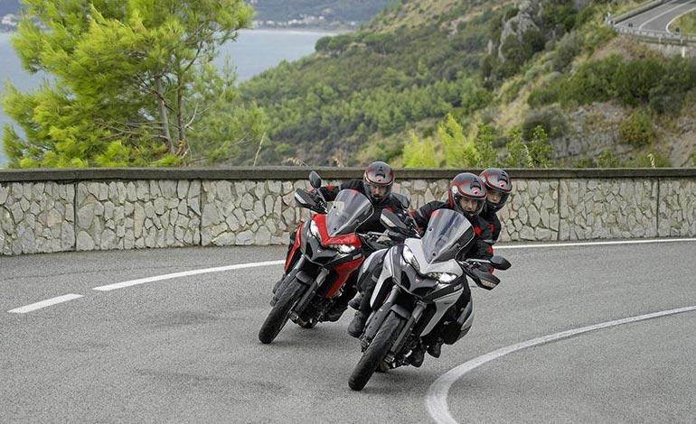 Ducati Red e Glossy Grey - Ficha Técnica da Ducati Multistrada 950S