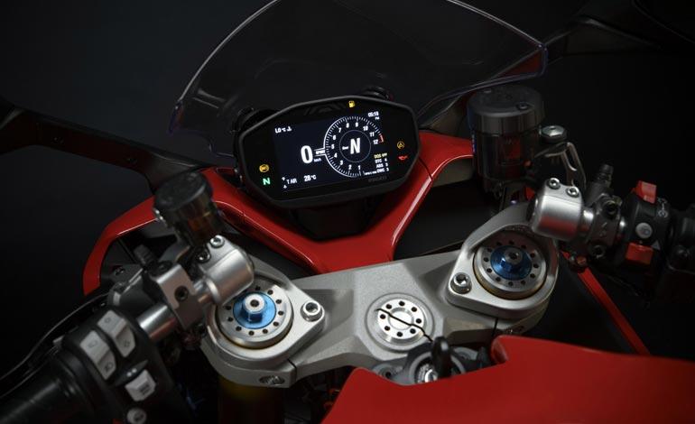 Display de 4,3 polegadas em TFT - Ducati SuperSport 950: companhia já está produzindo novo modelo