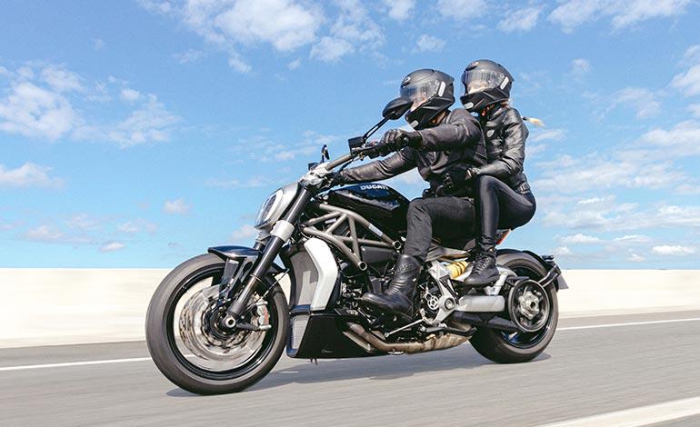 Ergonomia - Ficha Técnica da Ducati XDiavel S