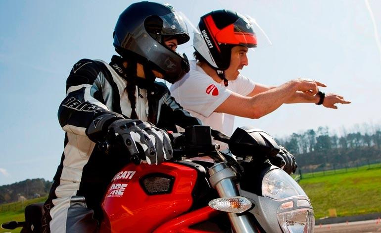 Ducati Riding Experience - Conheça os cursos de pilotagem Ducati
